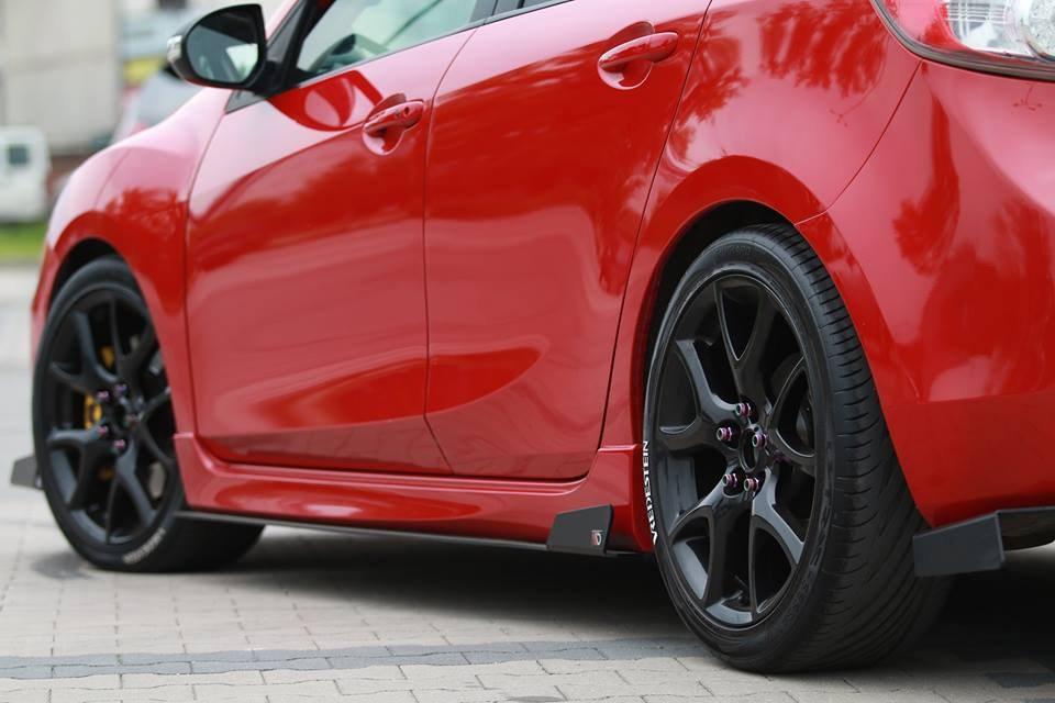 Dokładki Progów Racing Mazda 3 MK2 MPS - GRUBYGARAGE - Sklep Tuningowy